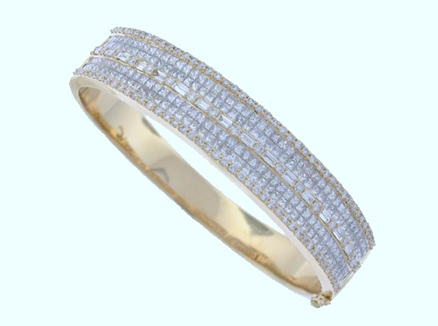 L16152 LADIES BANGLE BRACELET